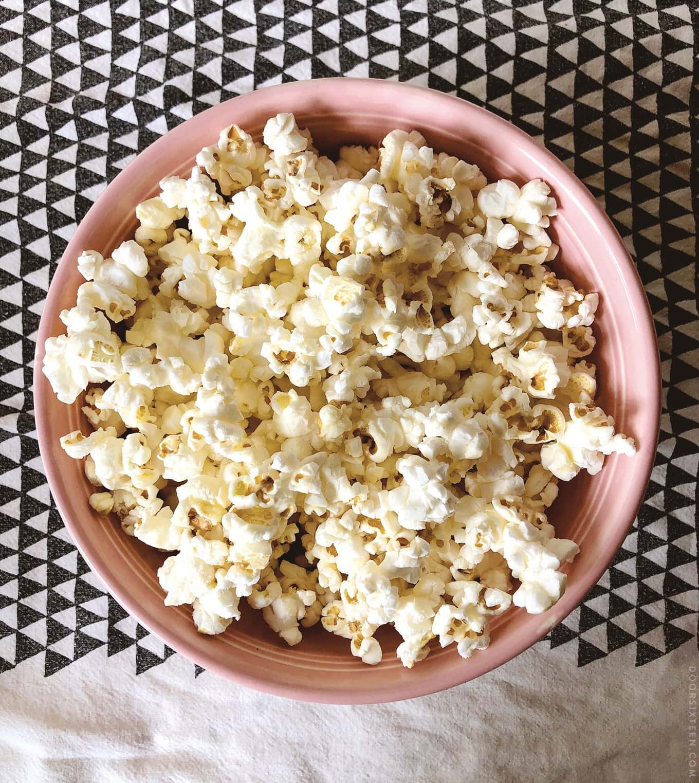 Movie theater popcorn at home - doorsixteen.com